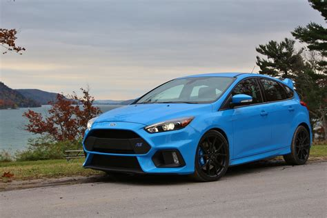 DRIVEN: Ford Focus RS - a BMW M2 Competitor