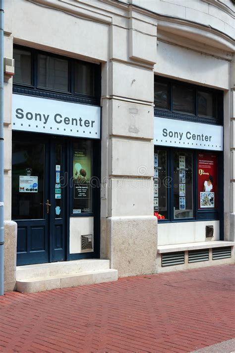 Sony Retail Store Stock Photos - Download 189 Royalty Free