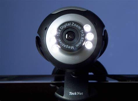 Footage from thousands of home webcams found streaming on