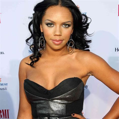 Cheetah Girl Kiely Williams is Married! See Photos of Her